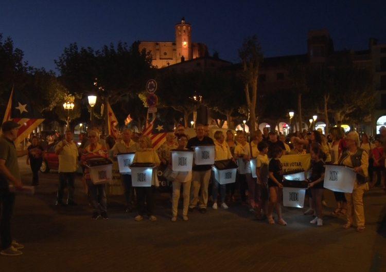 Centenars de balaguerins commemoren el segon aniversari de l' 1-O