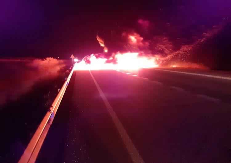Diverses protestes tallen carreteres a la Noguera