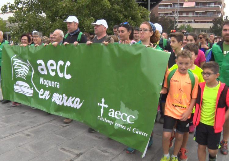 """Èxit de la """"1a Caminada contra el càncer"""" de Balaguer"""