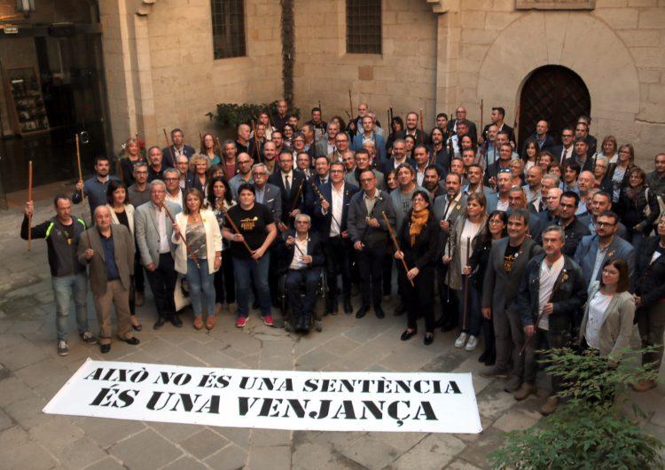 Més d'un centenar d'alcaldes i regidors lleidatans mostren el rebuig a la sentència contra els líders independentistes