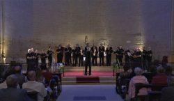 El cor Lupulus Emsembla omple de solidaritat l'església de Santa…