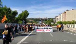 Els estudiants de Balaguer tallen la c-26 en protesta per…