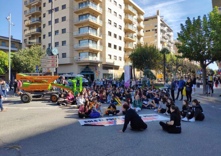 Els estudiants de Balaguer se sumen ala vaga de 72 hores en contra de la sentència del Suprem