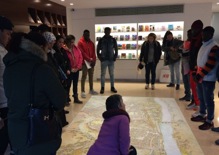 Els alumnes del Consorci per a la Normalització Lingüística coneixen la història i les tradicions de Balaguer