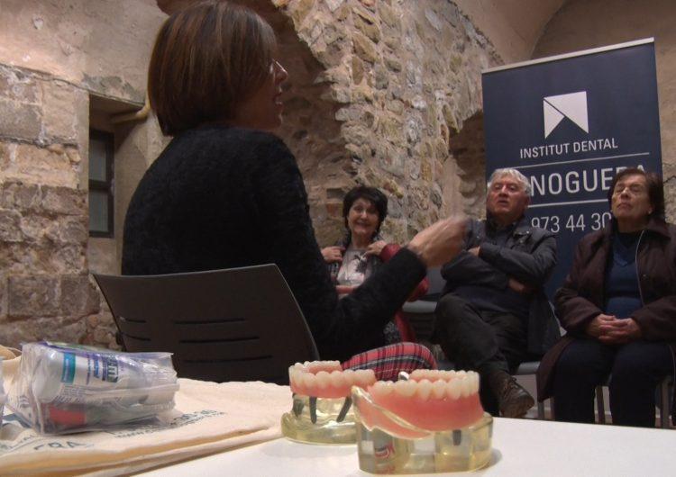 Tallers d'higiene bucodental de l'Institut Dental la Noguera i el Consell Comarcal a Castelló de Farfanya