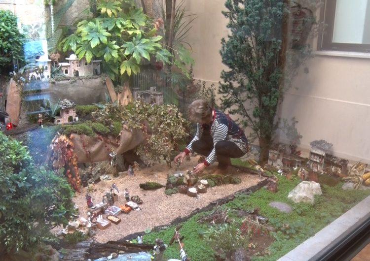 La Residència Sant Domènec instal·la un pessebre amb més de 100 figures