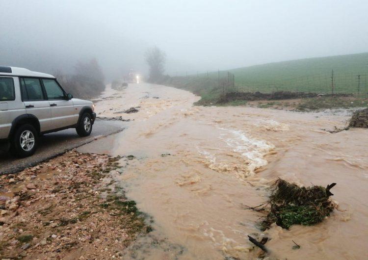 Les fortes pluges a la Noguera afecten un tram de carretera a Tartareu