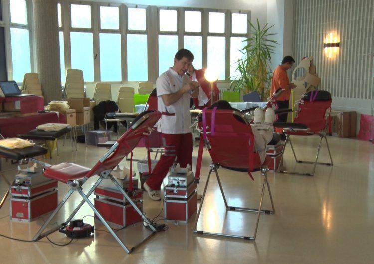 Èxit de donacions de sang a la campanya organitzada pels alumnes de l'Escola Pia