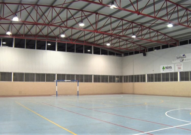 L'Ajuntament de La Sentiu de Sió canviarà el paviment del pavelló esportiu municipal