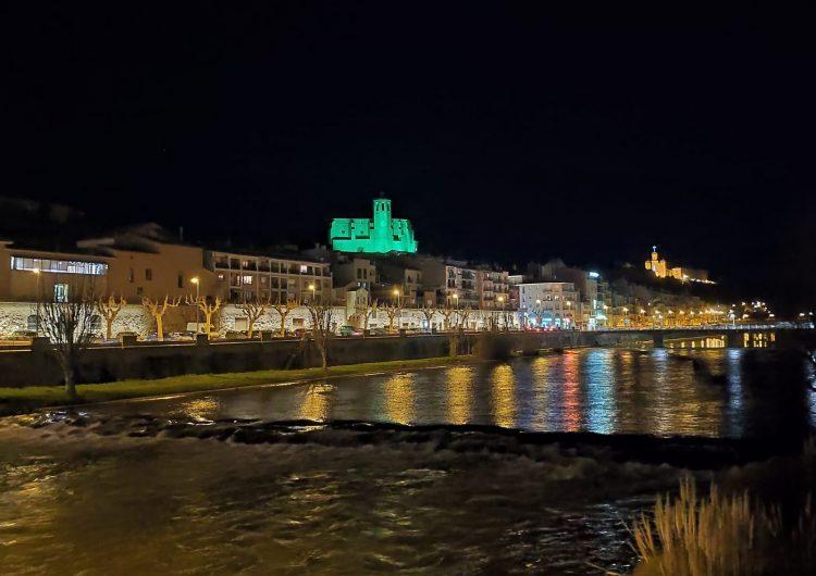 Balaguer es tenyeix de verd en motiu del Dia Mundial contra el Càncer