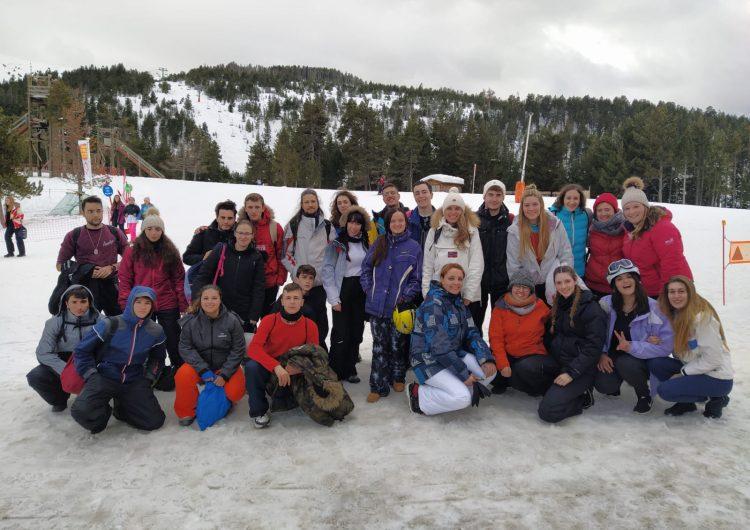 Èxit de la II Esquiada Jove de la Noguera a Port Ainé