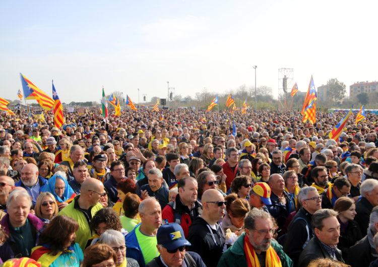 L'acte de Puigdemont i el Consell per la República desborda el Parc de les Exposicions de Perpinyà