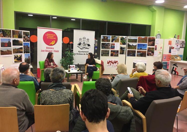 """La biblioteca d'Artesa de Segre tanca el cicle Biblioteques amb DO amb """"Emprenedores del vi"""""""