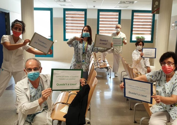 Crida del CAP de Balaguer perquè els ciutadans els facilitin bates fetes a casa