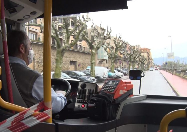 El servei de bus urbà a Balaguer funciona amb normalitat però amb restriccions