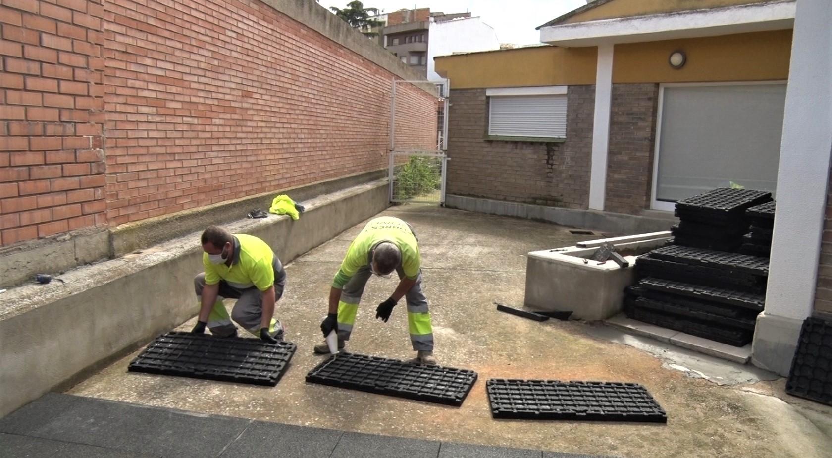 La Paeria de Balaguer substitueix el cautxú a la llar d'infants El Patufet
