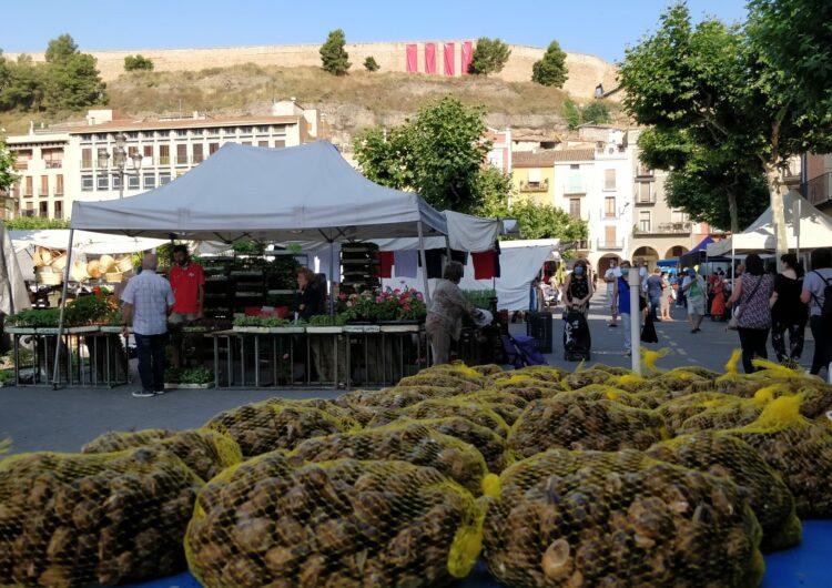 Balaguer recupera el mercat setmanal dels dissabtes