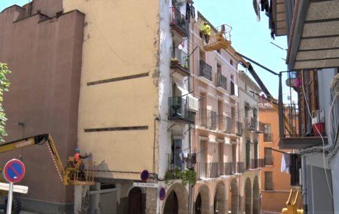 Balaguer reprèn la restauració de façanes al centre històric