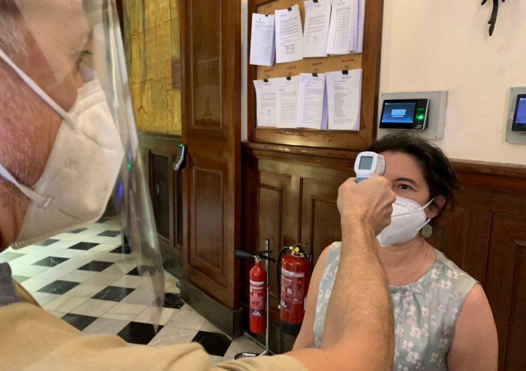 La Diputació de Lleida facilita termòmetres digitals als ajuntaments i consells comarcals de la demarcació