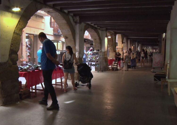 Tornen els mercats a la fresca del centre històric de Balaguer