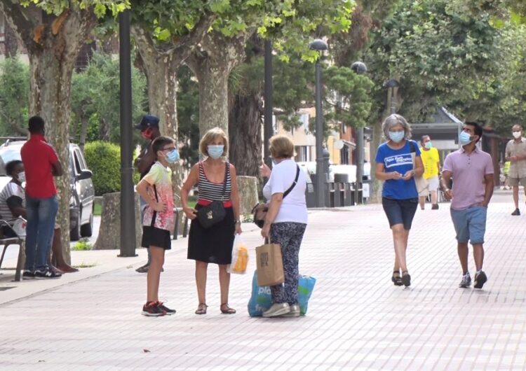 Primer dia d'ús de mascareta obligatòria a Balaguer