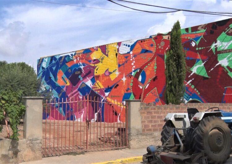 Penelles llueix els primers murals del Gargar d'enguay i estrena tres exposicions
