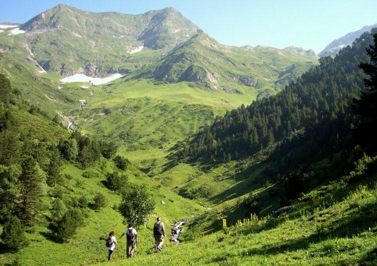 """El sector turístic de Ponent i Pirineu tanca un estiu """"millor del que s'esperava"""" i frega la plena ocupació a l'agost"""