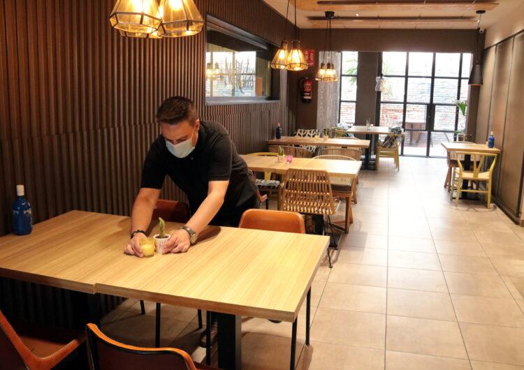 S'aixeca la limitació d'aforament en bars i restaurants de 26 municipis del Segrià i es manté en 19 de la Noguera