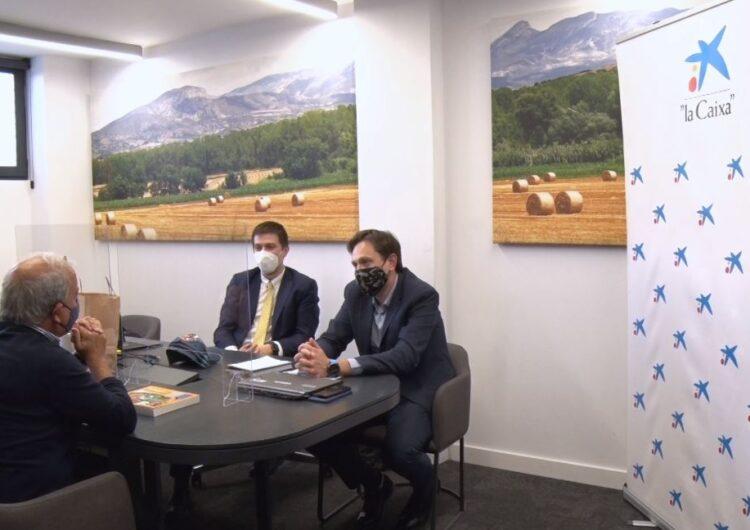 """La Fundació """"la Caixa"""" i CaixaBank col·laboren amb Creu Roja la Noguera i Posa't la Gorra Balaguer"""