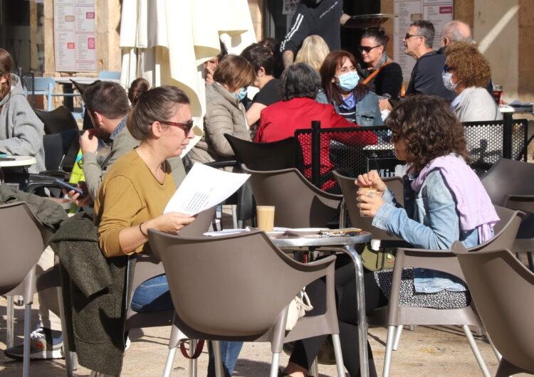 El Procicat aprova el tancament de bars i restaurants i la limitació de l'aforament al comerç i la cultura