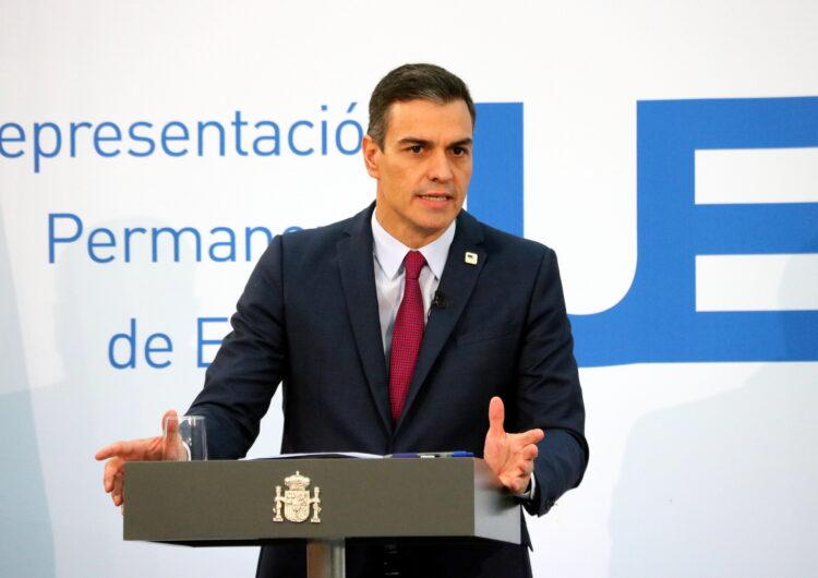 """Sánchez demana """"disciplina social"""" a la població i situa en les comunitats la competència per aplicar restriccions"""