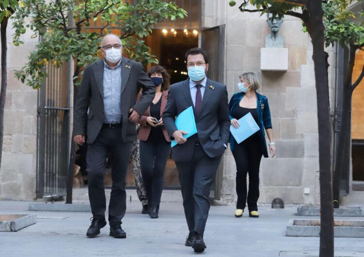 El toc de queda a Catalunya serà finalment entre les 22 i les 6 hores i els establiments hauran de tancar a les 21 h