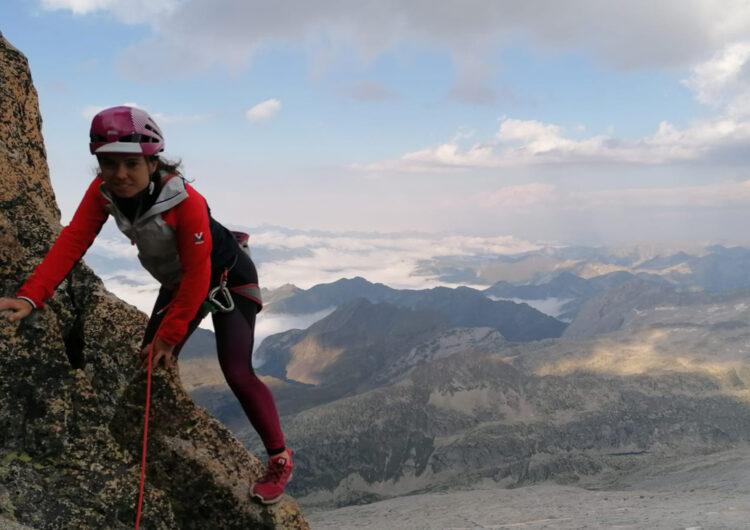 L'alpinista balaguerina Laura Castellarnau es converteix en la primera dona que corona tots els 3000 del Pirineu