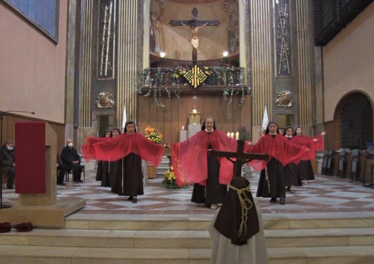 Les monges clarisses de Balaguer fan una representació de 'La llegenda del Sant Crist'