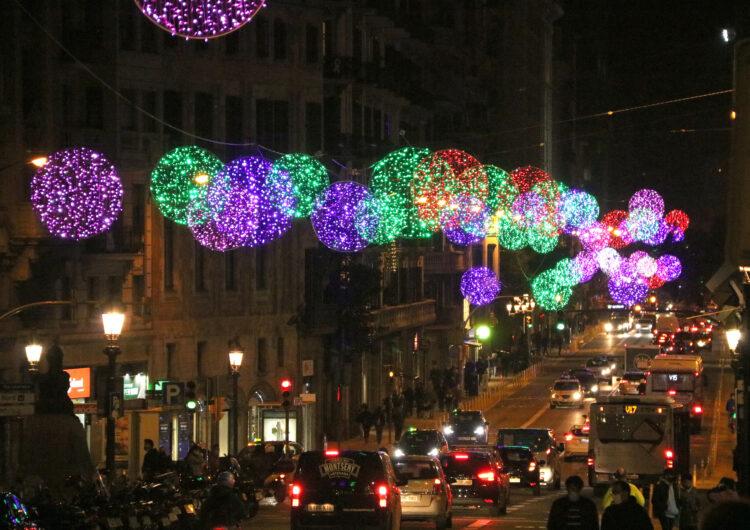 El Govern retarda el toc de queda a la 1.30 de la matinada les nits de Nadal i de Cap d'Any, i a les 23.00 el 5 de gener