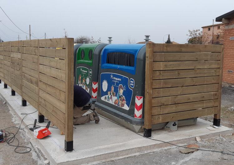 Térmens instal·la tancats de fusta i càmeres de videovigilància a les illes de contenidors