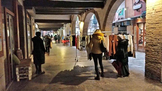 Els comerços del centre històric de Balaguer comencen amb el Mercat de la Ganga