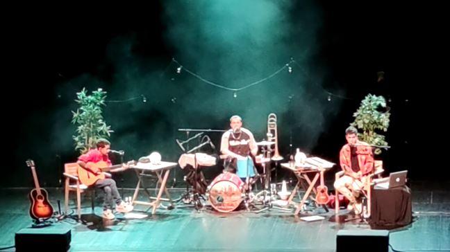 Stay Homas triomfa al Teatre Municipal de Balaguer