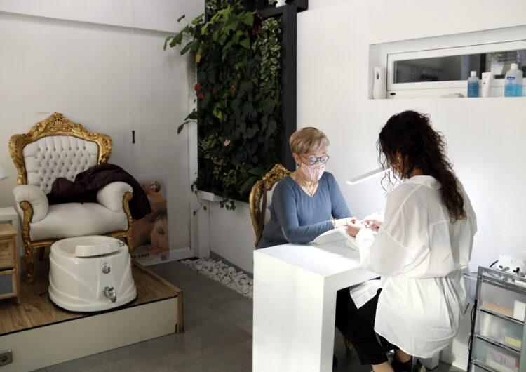 La Generalitat reforça amb 7 MEUR la línia d'ajuts per a restauració, estètica i botigues de centres comercials