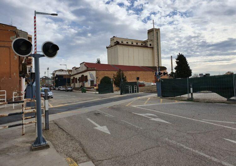 FGC realitza obres de millora al pas a nivell de Balaguer que obliguen a tallar el trànsit al carrer d'Urgell dues nits