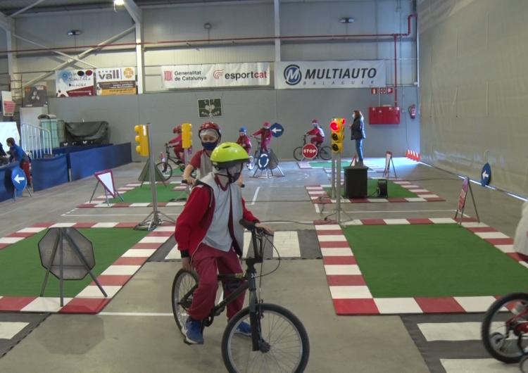 Les escoles de Balaguer realitzen un taller de seguretat viària
