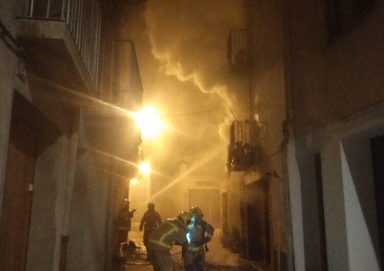 Incendi en un pis del municipi de Ponts