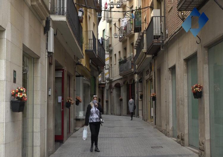 """El quart concurs """"Flors als balcons"""" de Balaguer incorpora els aparadors de botigues o establiments públics"""