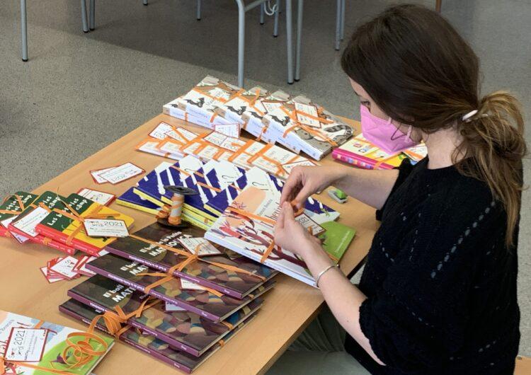 Térmens regala llibres als infants per Sant Jordi