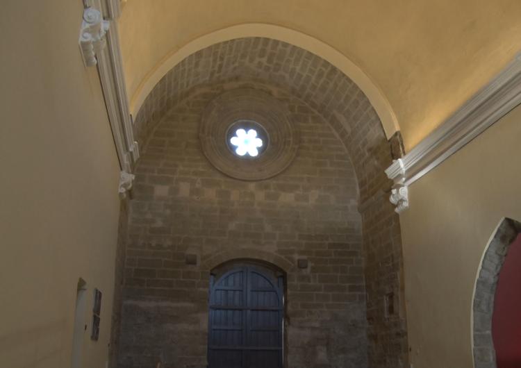 Acabades les obres de recuperació de la façana de l'antiga Església Santa Maria d'Almatà
