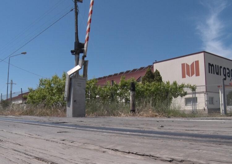 FGC Suprimirà el pas a nivell d'accés al polígon industrial de Balaguer