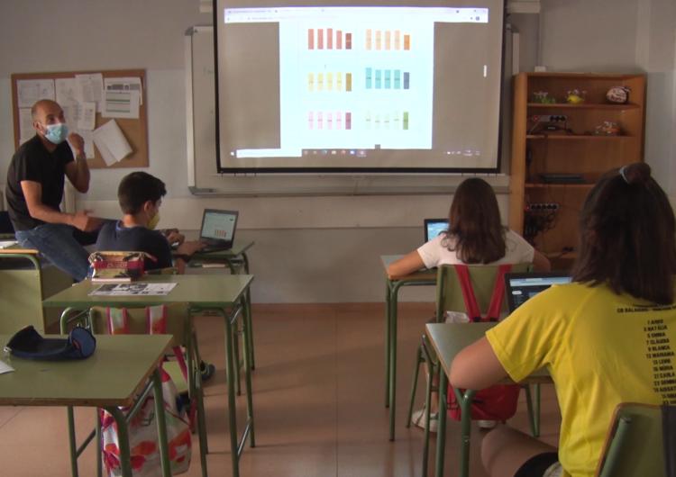 Un grup d'alumnes de 1r d'ESO de l'Ins ciutat de Balaguer guanya el primer premi 'Planter de sondeigs i experiments'
