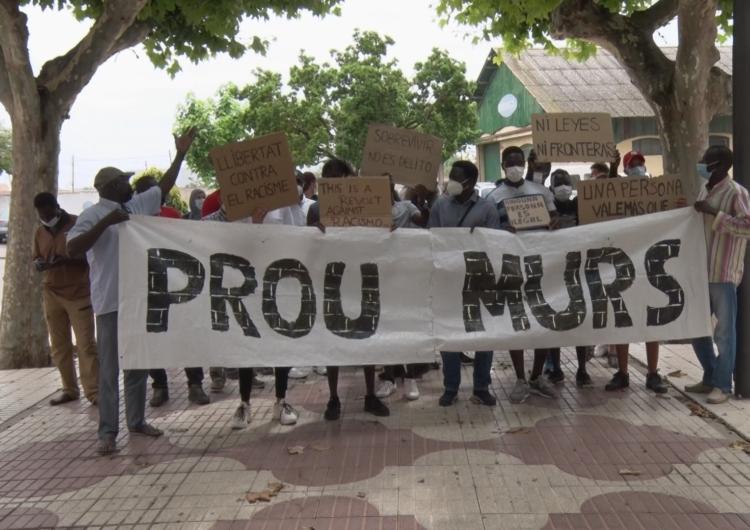 'Prou murs', la marxa a Balaguer en motiu del Dia Internacional de les persones refugiades