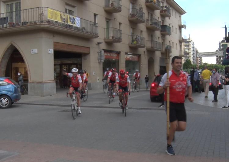 La Flama del Canigó va donar el tret de sortida a la revetlla de Sant Joan a Balaguer