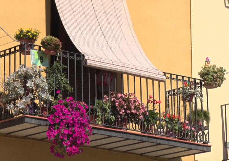 """La Paeria de Balaguer inicia el 4t concurs """"Flors als balcons"""""""